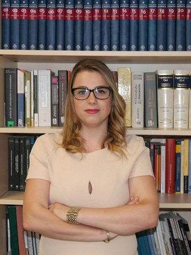 Intérprete traductor abogado de rumano | Madalina Elena Tudor
